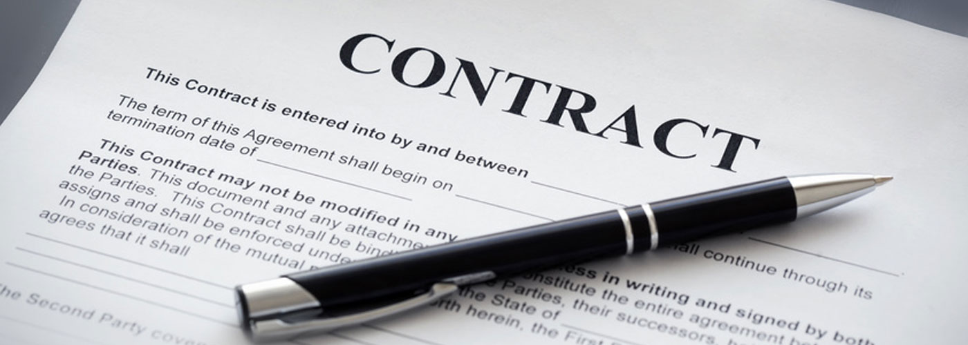 Contract Law Attorney Image - Gregory Golden & Landeryou, LLC